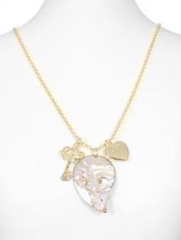 Lange Halskette mit Perlmuttanhänger